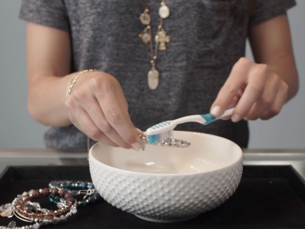 Dont Be Dull How To Clean Alex And Ani Jewelry