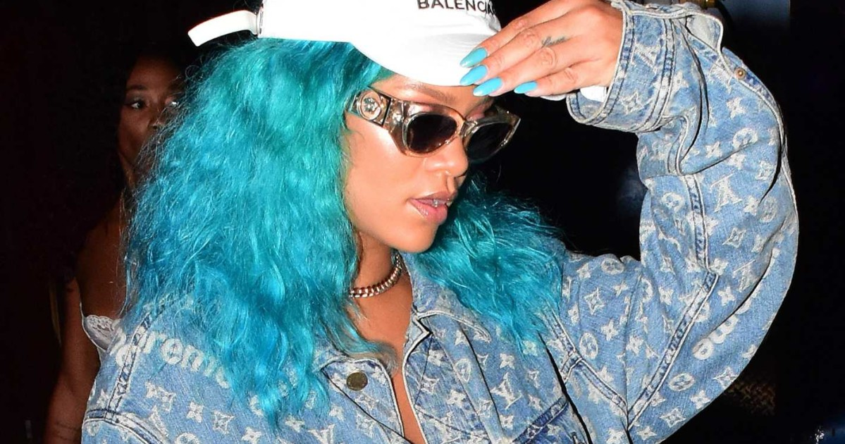 8cd4e5b2b2 Fact  Rihanna Has the Best Sunglasses in the Game