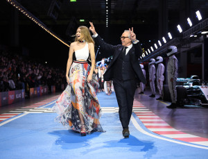 A 700 Foot Runway & 2.3 Million Pixels: These Are the Details from the Tommy Hilfiger Show