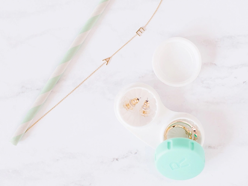 Odds & Ends: Jewelry Packing Hacks