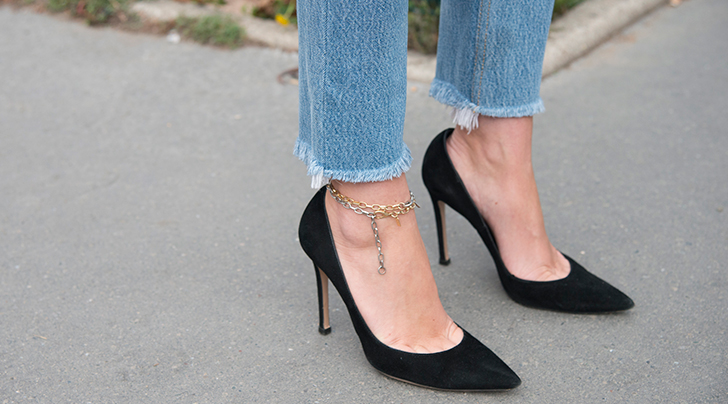Important Fashion News Alert: Anklets Are Trending (but Not How You Think)