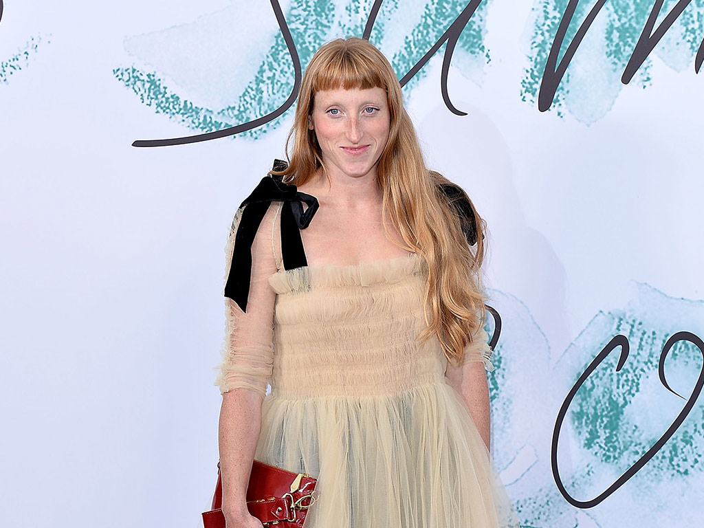 Molly Goddard Takes Home The Bfc Vogue Fashion Fund Prize Rue Now