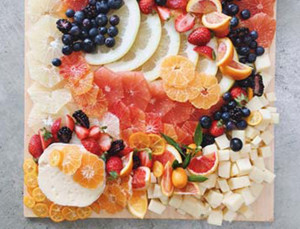 'Fruicuterie' Boards Are Our Latest Entertaining Obsession