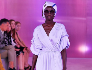 Kate Spade's Spring 2019 Fashion Show Was a Melodramatic Purple Dream