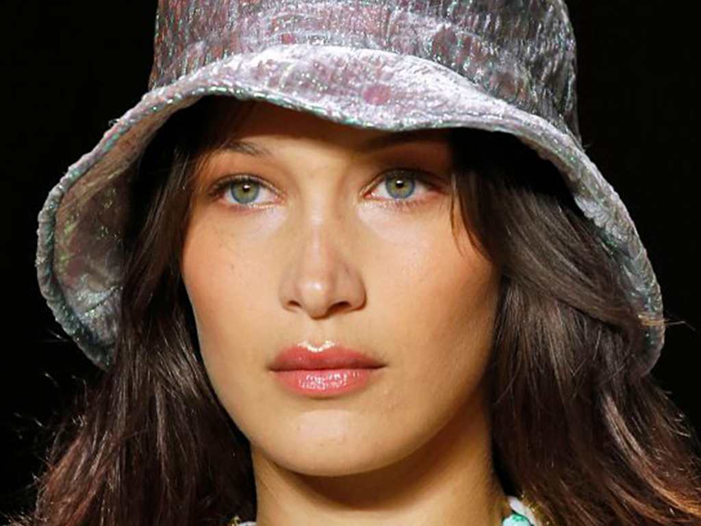Straight-Off-the-Runway Lipstick Trends That Are Perfect for Fall