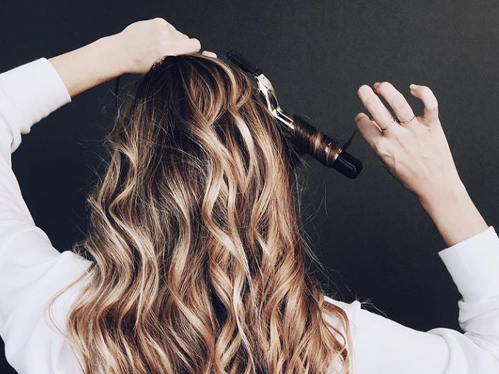 Ask a Hairstylist: How to Make Stick-Straight Hair Hold a Curl