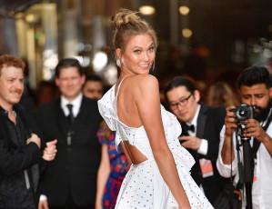 Karlie Kloss's Custom Dior Wedding Dress Is Straight Out of a Fairytale