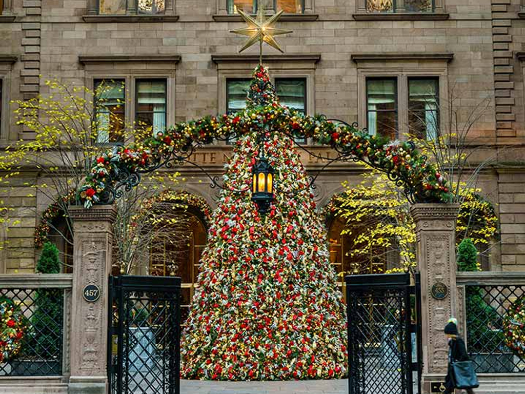 Manhattan Christmas Trees, Ranked from Most to Least Touristy – Rue Now