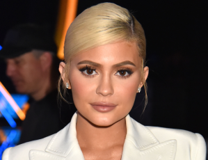 Kylie Jenner's Valentine's Day Hair Color Is So Extra