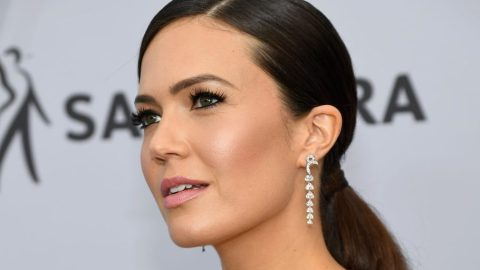 Mandy Moore Is Totally Dressing Like Her 'This is Us' Character