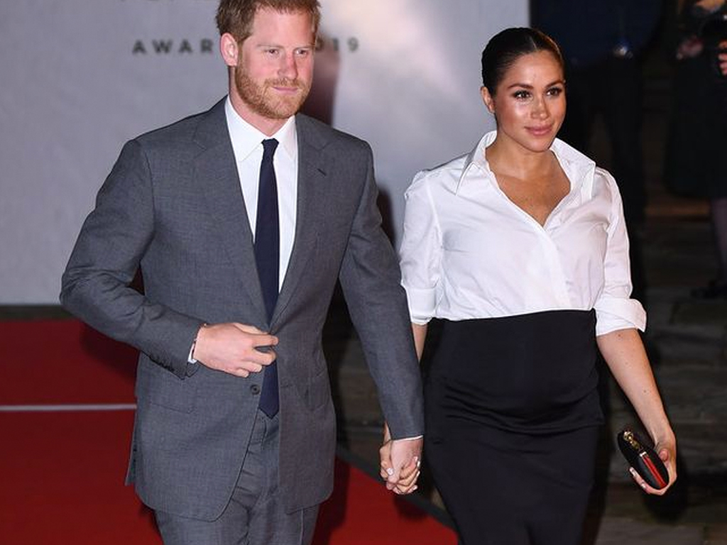Meghan Markle Gives the Angelina Jolie Slit a Maternity Update