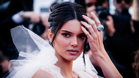Kendall Jenner Is Being Shamed for Her Weight and Tan Lines in This Bikini Picture
