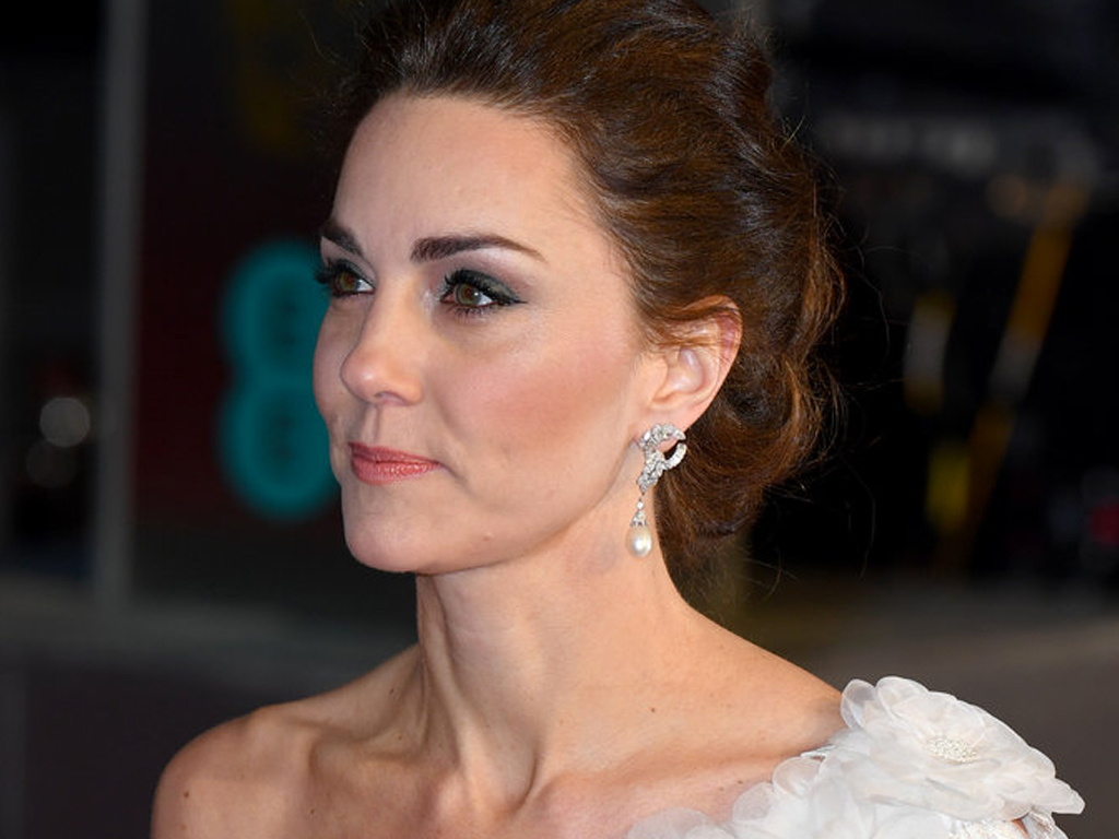 Kate Middleton Looks Angelic in a White One-Shoulder Gown at the BAFTA Awards