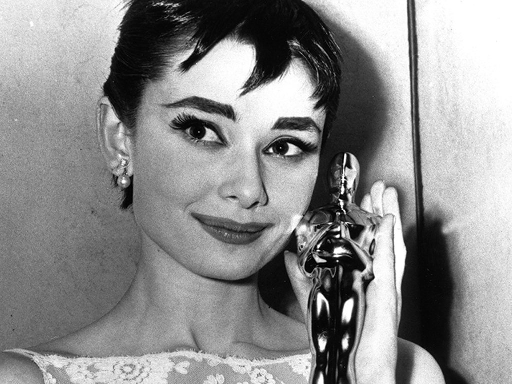 The Most Memorable Oscars Beauty Looks of All Time