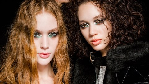 20 Runway-Approved Dark Eyeshadow Looks That Aren't a Basic Smoky Eye