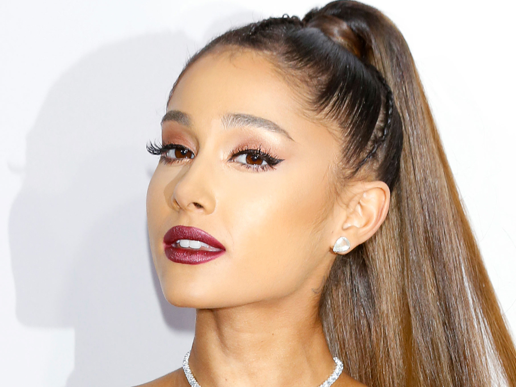 Ariana Grande Just Dyed Her Curly Bob for Sprin