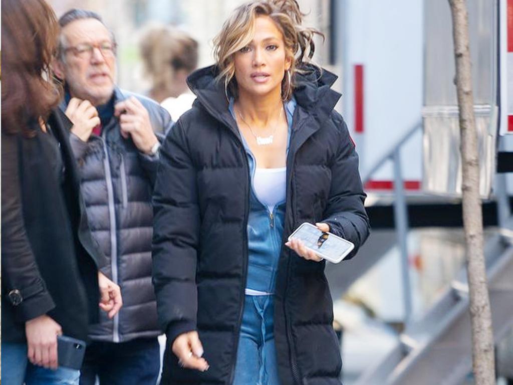 Jennifer Lopez Is Wearing a Juicy Tracksuit Like It's 2004