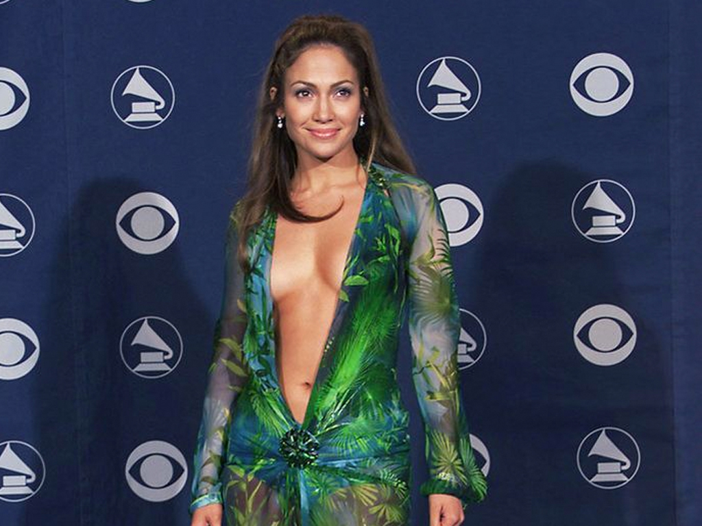 """Why Jennifer Lopez's """"Biggest Fashion Moment Ever"""" Almost Didn't Happen"""
