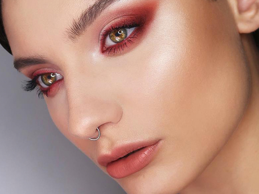 Rosy Nude Makeup Just Might Be the Trend to Break Us Out of Our Rut