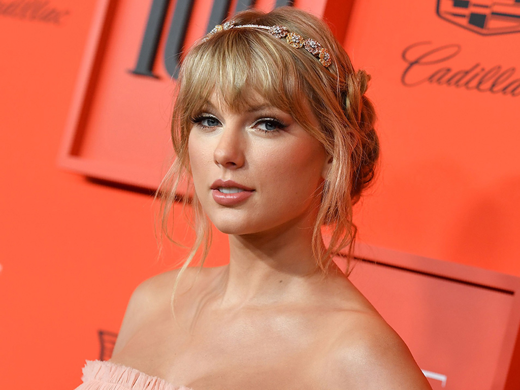 Taylor Swift Takes Us to a Pastel Wonderland in New 'ME!' Music Video