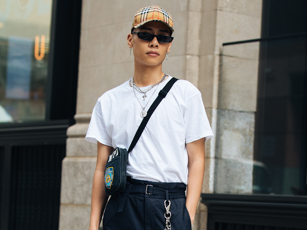 10 Fresh Ways to Wear a White T-Shirt