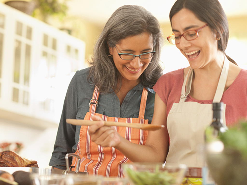 The 10 Best Cooking Tips We Learned from Our Moms
