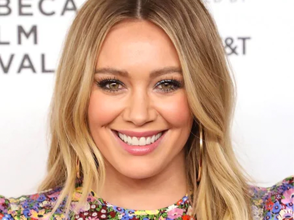 Hilary Duff Just Got The 70s Haircut You Re About To See