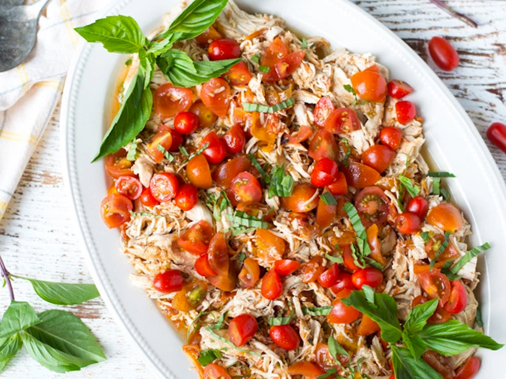 17 Healthy Slow-Cooker Recipes to Add to Your Summer Arsenal