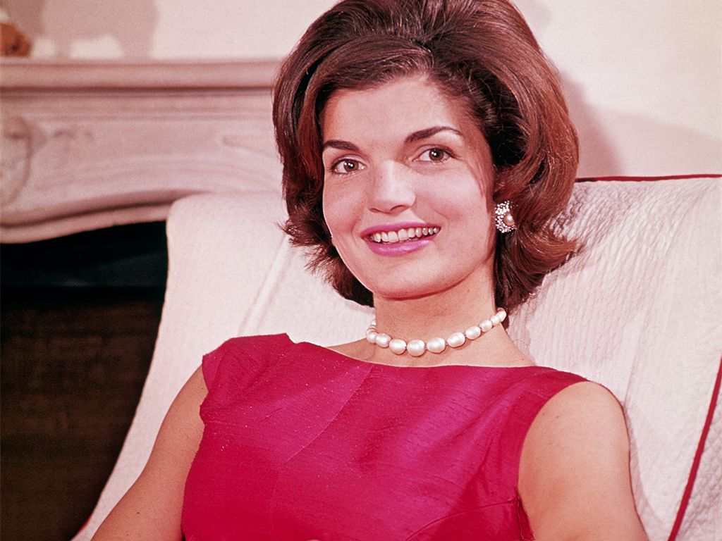 In Jackie O. We Trust: 2 Ways to Steal Her Style