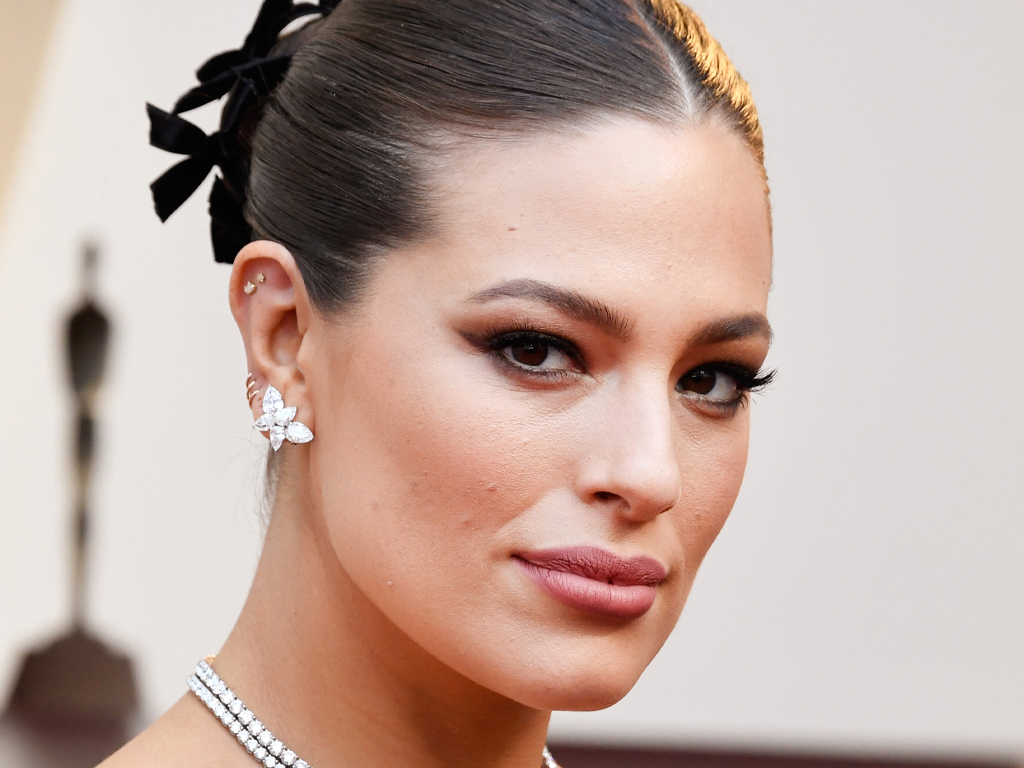 Ashley Graham & Her Baby Bump Owned the New York Fashion Week Runway