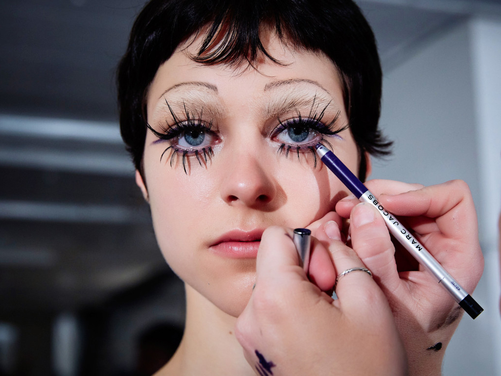 Marc Jacobs's Spring 2020 Beauty Look Was an Ode to Individuality